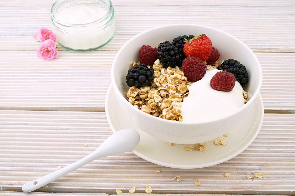 Increíbles beneficios de la leche o la bebida de avena